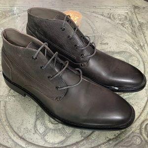 Men's English laundry gray lace up chukka boots